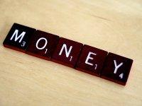 scrubble ułożone w słowo money